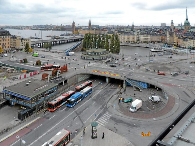 Ombyggnaden av Slussen i Stockholm kommer enligt projektledningens beräkningar att höja vattennivån i Mälaren med cirka 4 centimeter under våren.