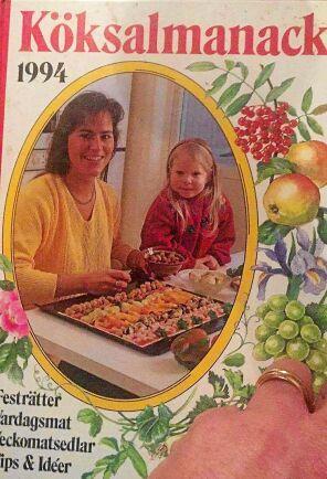 I Köksalmanacka från 1994 finns receptet till kastrullkakan.