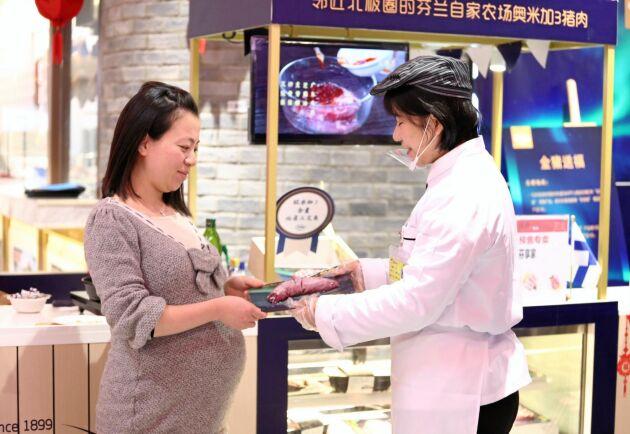HK Scan levererar rapsgris till kinesiska e-handelsjätten Alibabas högteknologiska butikskedja Hema.