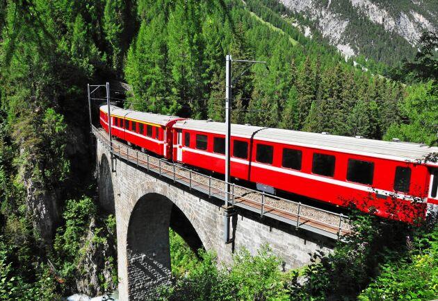 Ving startar tågcharter till vackra Davos i Schweiz.