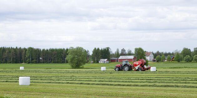 Svensk lantbruksplast ska återvinnas i Sverige