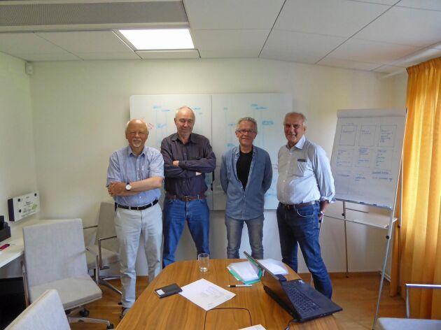 Ulf Österblom, Jan Sandström, Ola Persson och Sven Sjunnesson har tillsammans dokumenterat skogsägarrörelsens historia i sju rapporter.