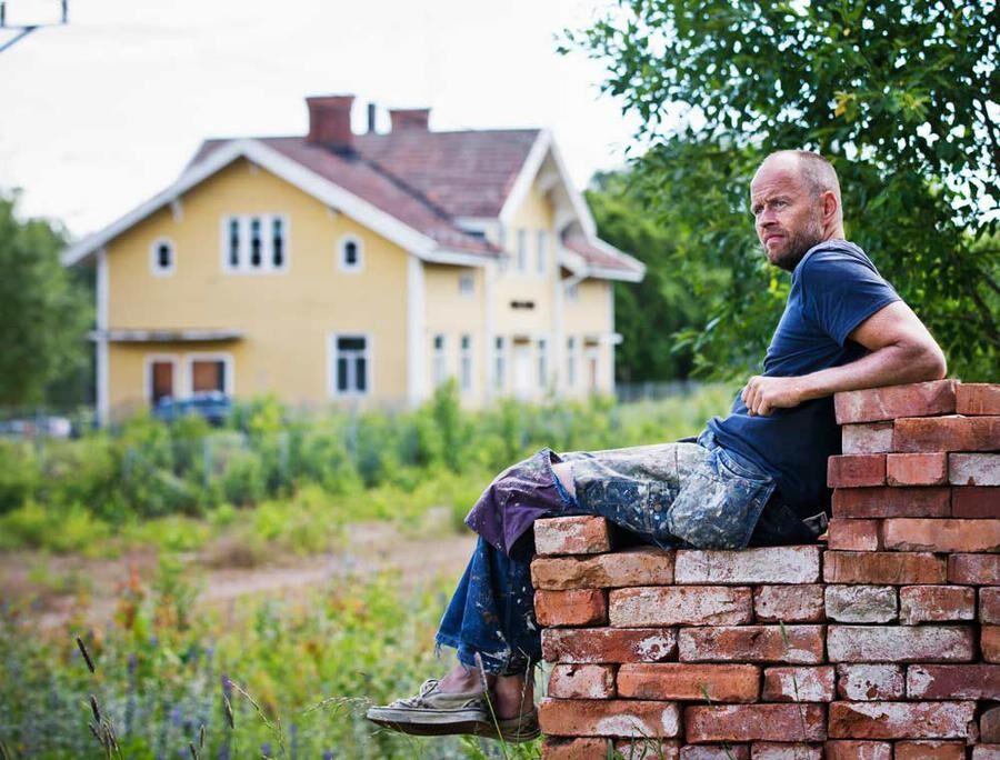 Peter Sörensen tycker att det är viktigt att bevara gamla byggnader och anser att det är dessa som kommer att placera orter på kartan. Foto: Öyvind Lund.