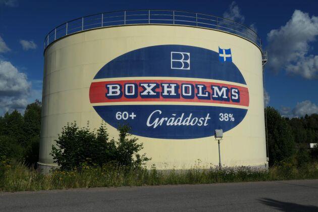 Sedan 1800-talet har det producerats ost på Boxholms mejeri i Boxholm.