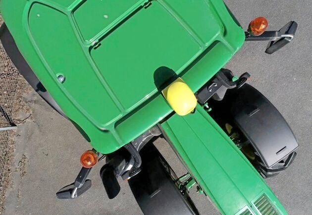 Det tar inte mera än ett litet obevakat ögonblick för en tjuv att plocka av GPS:en på en traktor. OBS att traktorn på bilden inte har med artikelns innehåll att göra.