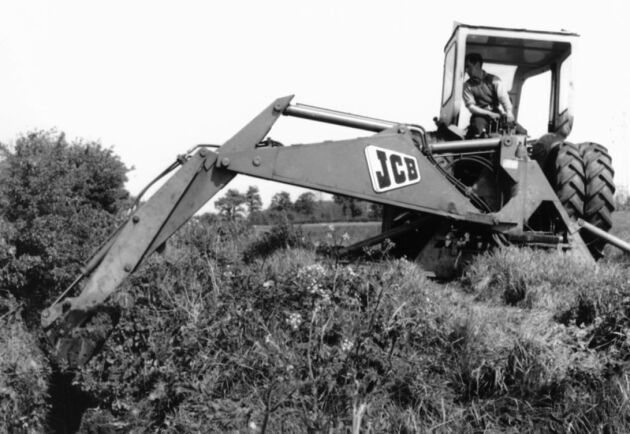 Mark 1 från 1953, JCB:s första traktorgrävare.