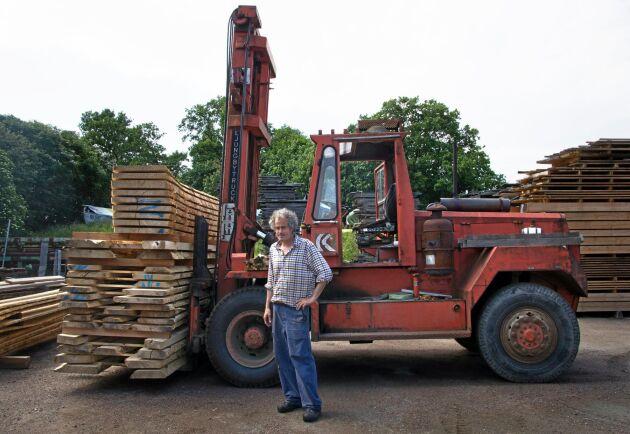 Den gamla Ljungbytrucken klarar tio ton.