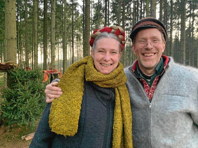 SKOGSJUL. I årets program tar Marie och Gustav Mandelmann julfirandet ut i skogen.