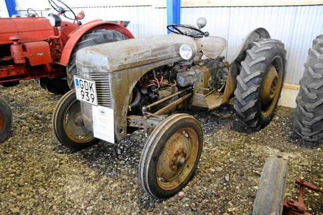 Ferguson TEA 20 Grålle 4-cyl T193 — 1947
