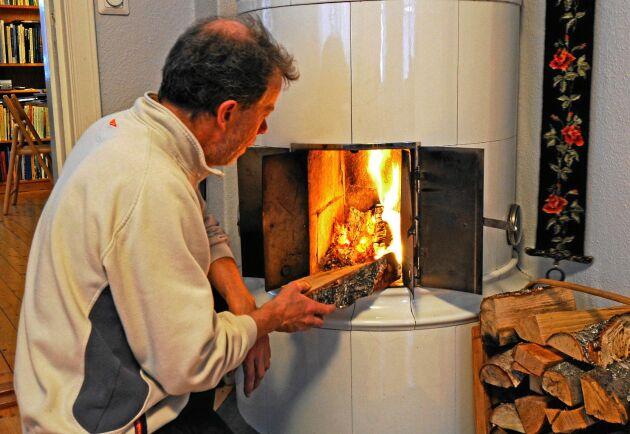 Hur mår din kakelugn? Kolla först, annars kan den hålla värmen för sig själv.