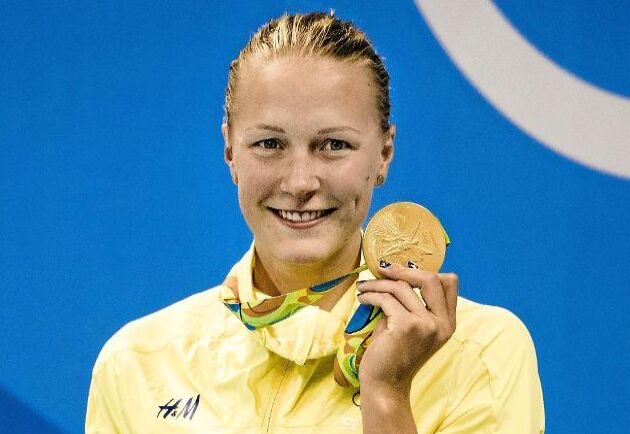 Simmardrottningen Sarah Sjöström har namnsdag den 19 juli. Foto: IBL