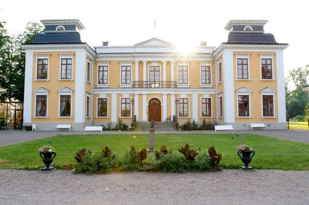 Jordbruksreformatorn Peter Möller var en gång ägare till slottet.