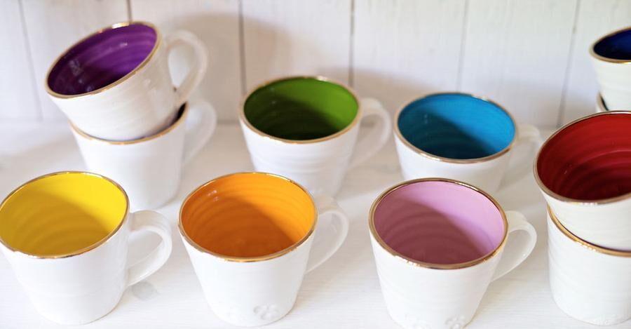 Linnefors Keramik, Boxholm, Jeanette Bennich, färgglatt