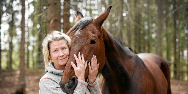 Eva tar hästarna till hjälp efter den svåra hästolyckan