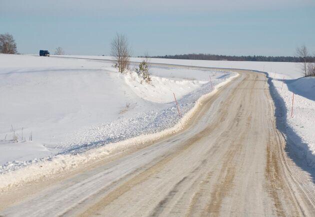 Fler boende på landsbygden kommer att behöva bekosta vägunderhåll framöver.