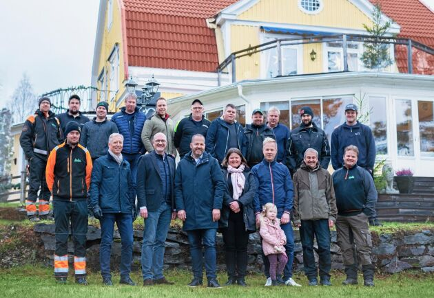 Första frukostmötet efter köpet i januari. Hela Nykviststyrkan plus entreprenörer, samt representanter från Rottneros AB.