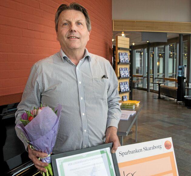 Per Lindecrantz kulturstipendium tilldelades Föreningen framtidsbygder i Dalsland och togs emot av dess ordförande Per Jonsson, Bengtsfors.