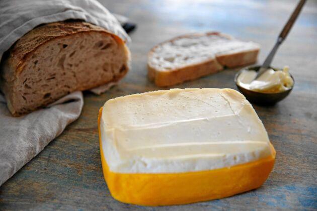 Att servera hemystad ost till brödet är en mäktig känsla.