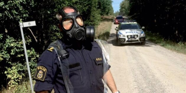 Skogsbrand sprider sig efter Gripenkrasch