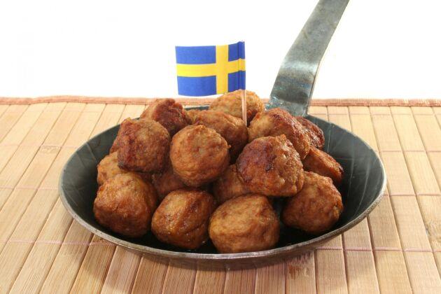 Svenska köttbullar har fått mer svenskt innehåll.