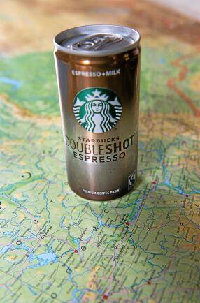 Starbucks Doubleshot Espresso säljs i Ryssland trots embargot mot mjölk från EU. Tre fjärdedelar av innehållet i burken är Arlamjölk från Danmark.