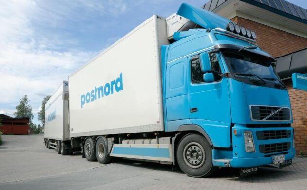PostNord har för avsikt att fortsätta leverera paket oavsett men vill ha ekonomi i leveranserna.