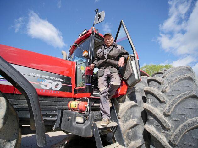 På båda Lars-Olov Carlssons Case IH-traktorer var GPS-utrustningen stulen.
