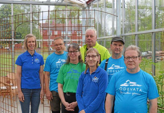 Totalt har Malin och Magnusson i dagsläget fem anställda. Här är hela arbetsstyrkan samlad.