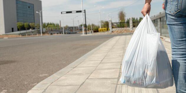 Regeringen inför skatt på plastpåsar