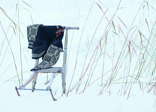 Tröjan 'Varma Vilhelmina' har fått mönstret från det rutiga fälltäcket.