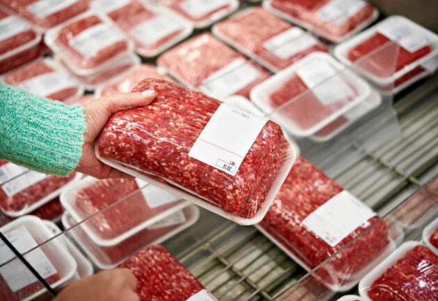 """Vissa varor så som köttfärs har en märkning för """"sista förbrukningsdag"""" som är viktig att ha koll på."""