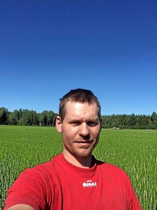 Stefan Hultquist i Fjugesta i Närke har kört över 300 hektar spannmål och bara hittat tolv strån flyghavre.