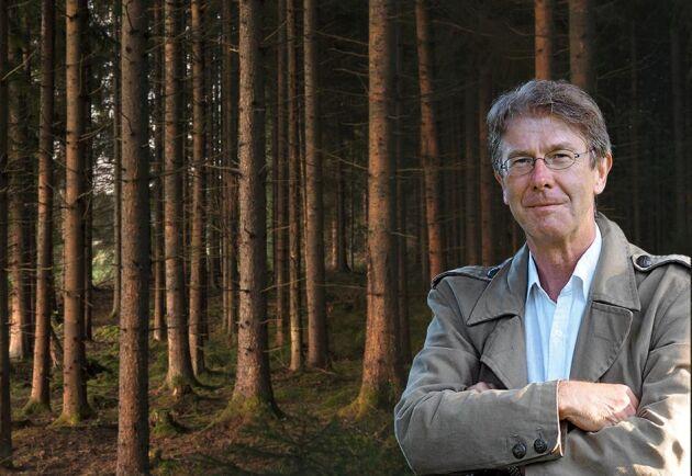 Om Sveaskog, likt en vindflöjel, låter sig styras av opinionsstormar är det början till slutet, skriver Pär Fornling.