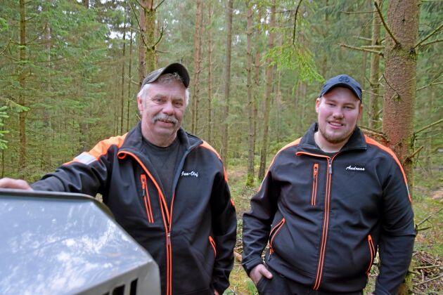 Far och son, Jan-Olof och Andreas Arnoldsson, har jobbat tillsammans i företaget sedan 2011.