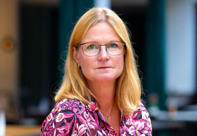 """""""Skogsutredningen har valt att fokusera på svenska och internationella miljömål och åtgärder för att nå dem. Detta måste politikerna nu väga mot mål om fossilfrihet, klimatneutralitet och omställningen till en cirkulär och biobaserad ekonomi. Först därefter kan de ta ställning till utredningens förslag om att undanta mycket stora arealer från skogsbruk"""", säger Linda Eriksson på Skogsindustrierna."""
