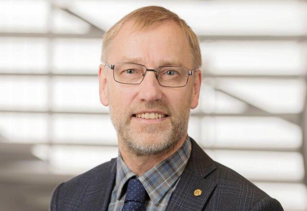 """""""Om man vågar löpa linan ut med frivilligheten är det absolut en förbättring. Men det finns en dubbelhet i utredningen som jag inte känner mig trygg med"""", säger Paul Christensson, LRF Skogsägarna."""