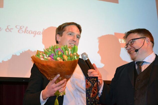 Årets rådgivare blev Jon Orvendal som här intervjuas av konferencier Svante Kaijser.