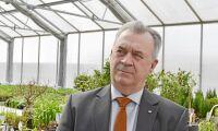 Efter kritiken: Bucht får rabatt på språkhjälp