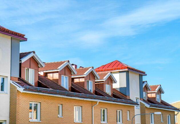 Det blir allt svårare att hitta bostad – särskilt för äldre, nyanlända och unga.