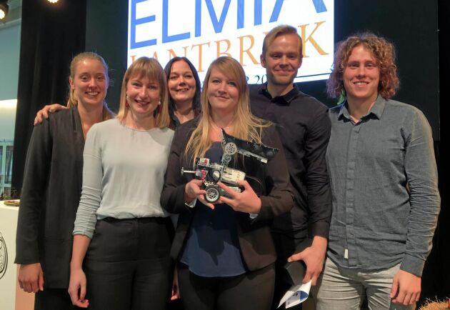 Vinnarna uppställda. Bakre raden från vänster: Elsa Bertils, Filippa Isaksson, Albin Johansson, Isak Höglund. Främre raden: Åsa Larsson, Sara Pihl.