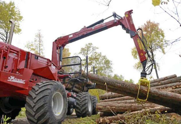 Skogforsk har fått 20 miljoner kronor på utveckling av självstyrande skogsmaskiner. Bilden är retuscherad.