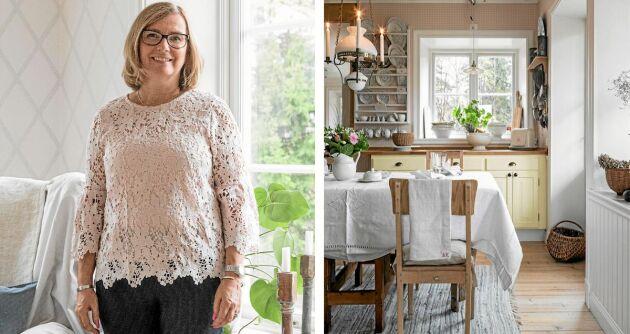 Åsa älskar sitt kök i lantlig stil med såpskurade golvplankor, platsbyggd tallrikshylla (gjord av Åsas pappa) och det gamla slagbordet.