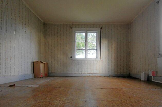 Renovering av det gamla tjänstefolksrummet har påbörjats.