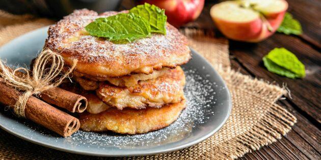 Frasiga äppelplättar med kanel och socker