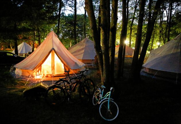 Bekvämt och härligt i lyxiga tält på Tredenborgs Camping.