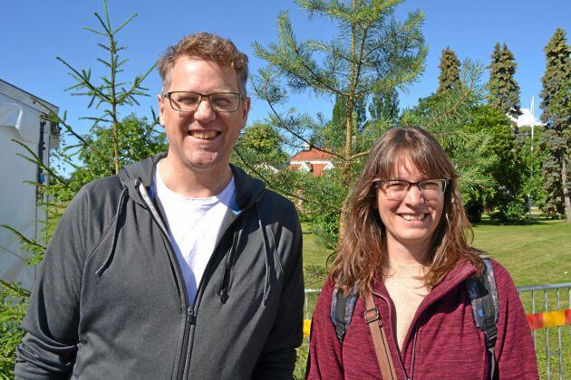 Joakim Fröberg från Västerås och Annika Kihlstedt från Solna forskar kring digitalisering på RISE.