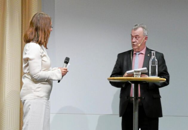 Landsbygdsminister Sven-Erik Bucht fick frågor från Carina Håkansson, vd för branschorganisationen Skogsindustrierna.