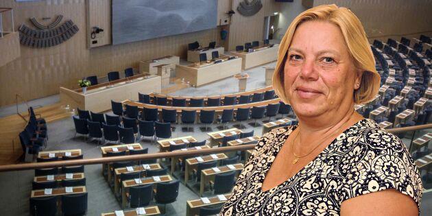Lena Johansson: Bönderna får betala när regeringen bromsar