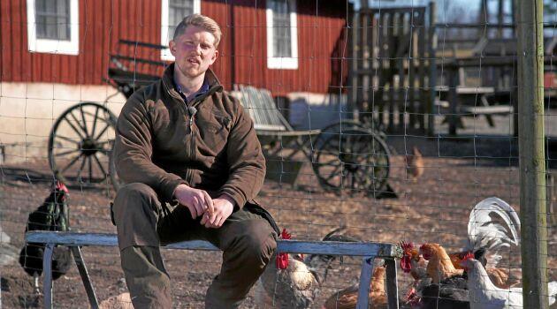 Erik Nilsson arbetar heltid som utsättare på ett mätföretag.