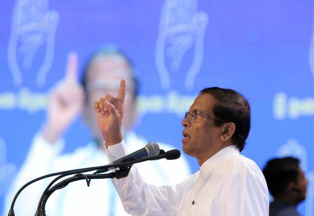 Sri Lanka förbjuder import av nya motorsågar, säger president Maithripala Sirisena. Arkivbild från 2018.